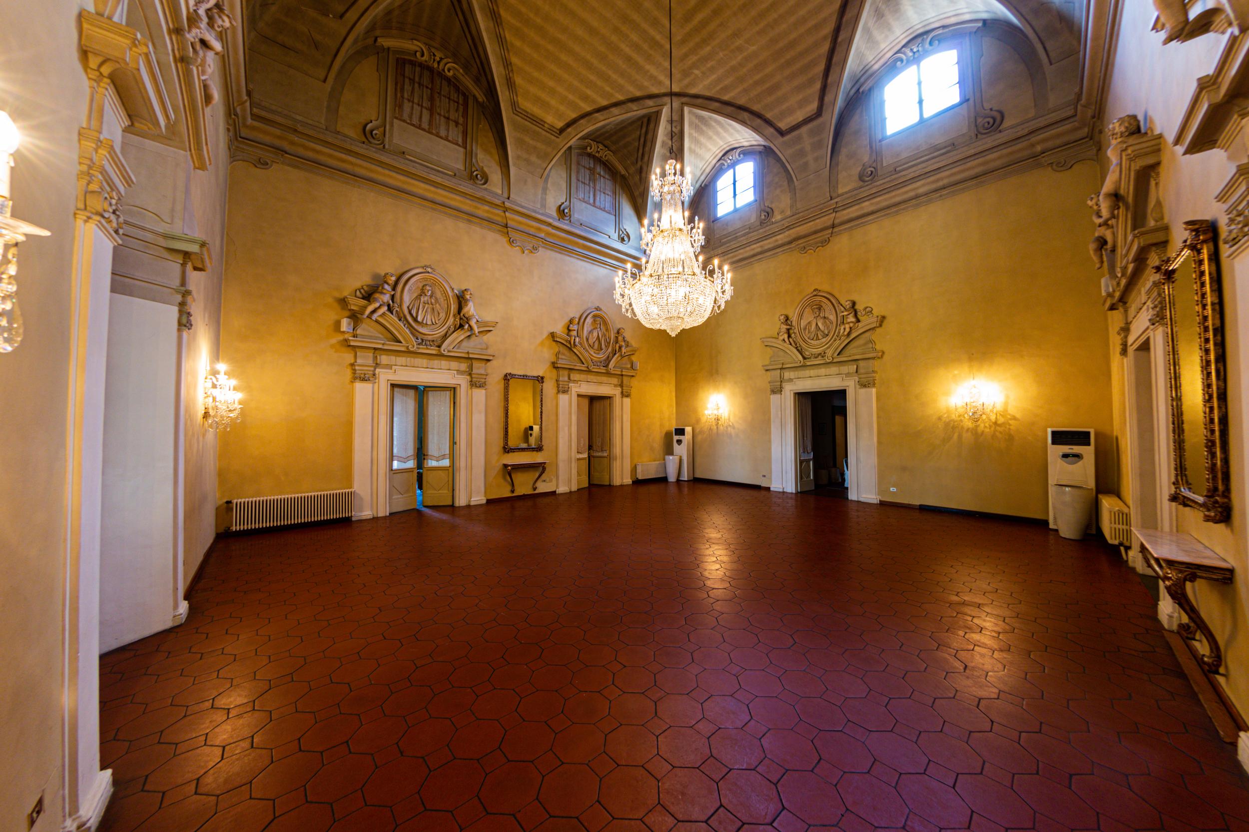 villa viviani Firenze salone